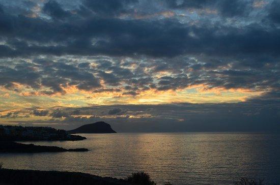 Vincci Tenerife Golf Hotel:                   Вид из номера рано утром