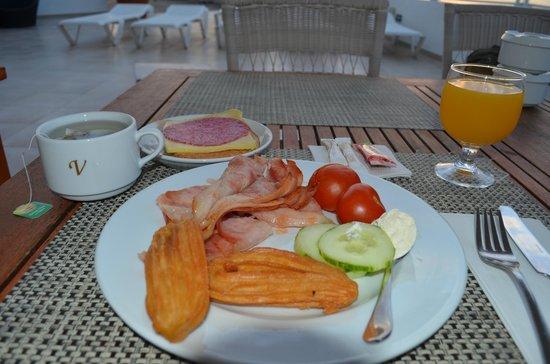 Vincci Tenerife Golf Hotel:                   Завтрак