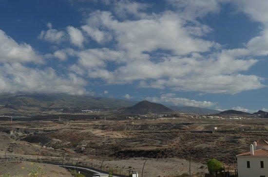 Vincci Tenerife Golf Hotel:                   В 2-ух шагах от отеля