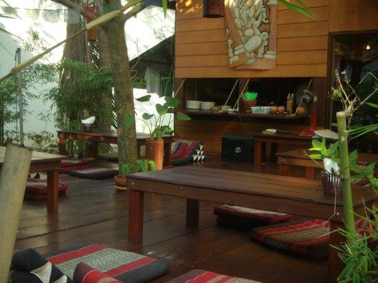 Om Bakery: Our terrace