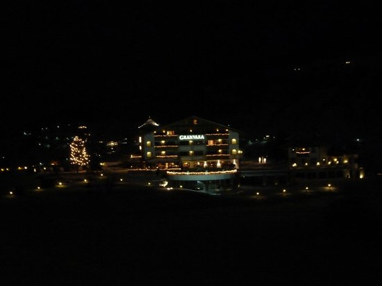 Granvara Relais & Spa Hotel: by night
