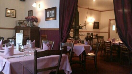 Roaring Megs Restaurant : inside the restaurant