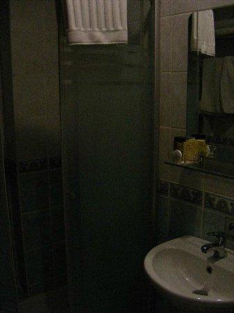 Nena Hotel : Bathroom