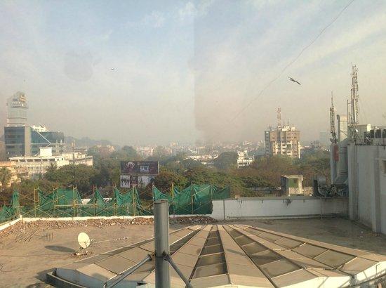 ST LAURN HOTEL, PUNE, KOREGAON PARK:                   That grey stuff ain't cloud, it's smog!! (9am!)