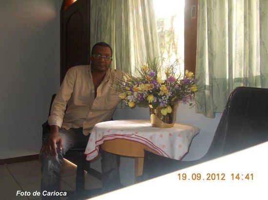 Hostel Paudimar Falls: Sala de estar, onde pude pôr minha correspondência eletrônica em dia