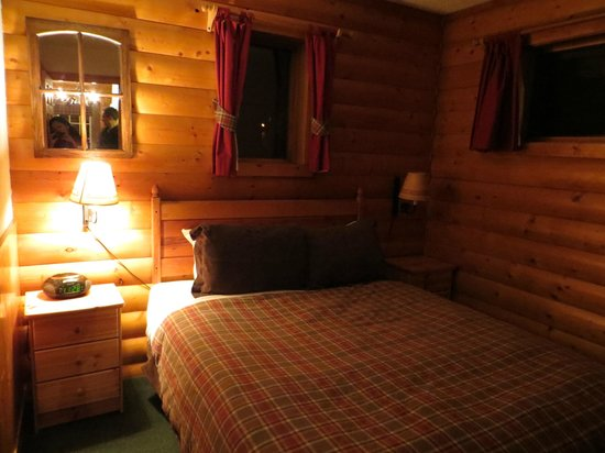 Baker Creek Mountain Resort: very very cozy