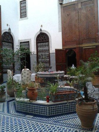 Riad Kettani: il cortile interno