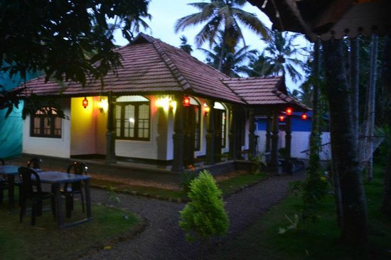 Bamboo Lagoon Backwater Front Resort:                   The homely atmosphere