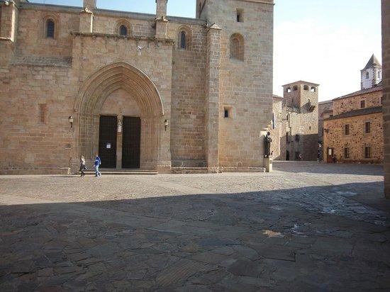 Old Town of Cáceres : plaza del centro historico