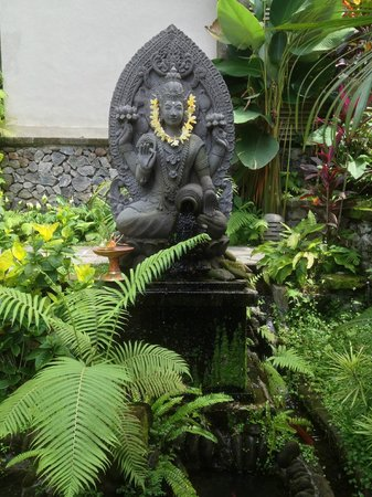 Puri Sunia Resort:                   Puri Sunia