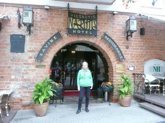 Гостиница Нарутис: entrada principal