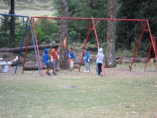 Cabanas Kucikas: niños jugando