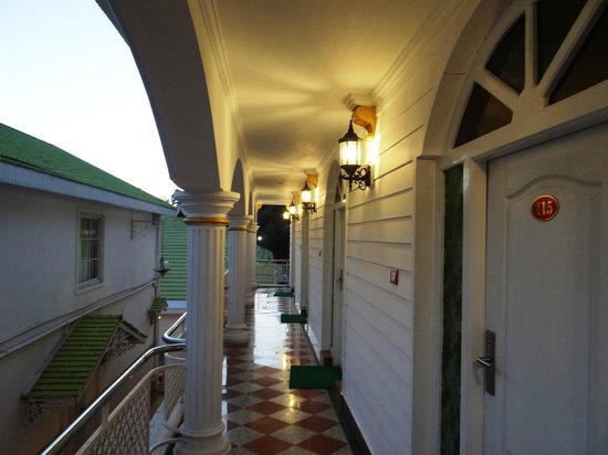 Hotel Sunpark Ooty:                   eve