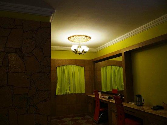 Hotel Sunpark Ooty:                   Room