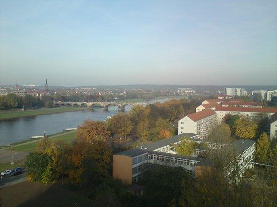 Am Terrassenufer Hotel: Zimmeraussicht Elbe