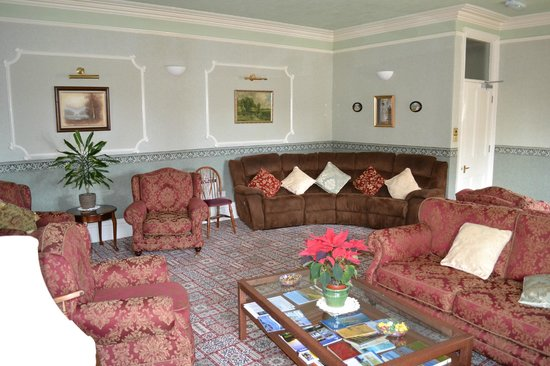 Varley House: Guest Lounge