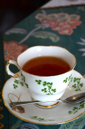 Cupan Tae :                   Quintessential Irish Tea House