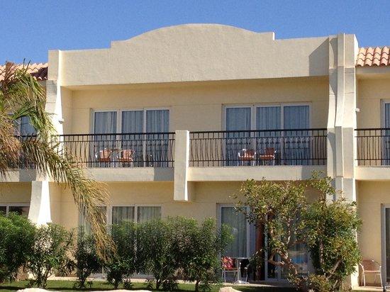 Hilton Sharks Bay Resort:                   New side rooms