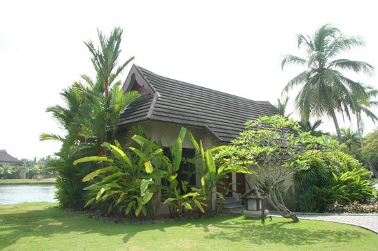 The Zuri Kumarakom: bungalow