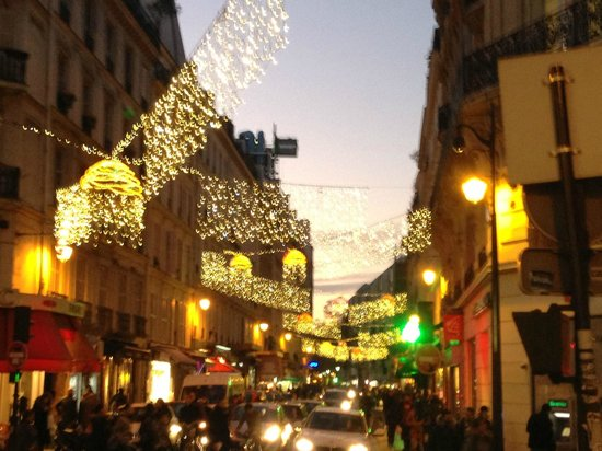 Special Apartments: Christmas in the Marais