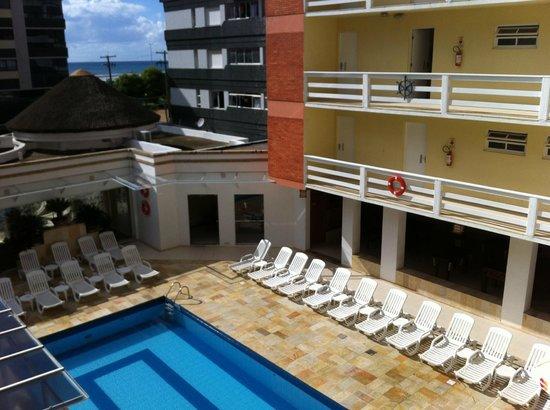 Capao Da Canoa Mar Hotel :                   pode se ver a praia ao fundo