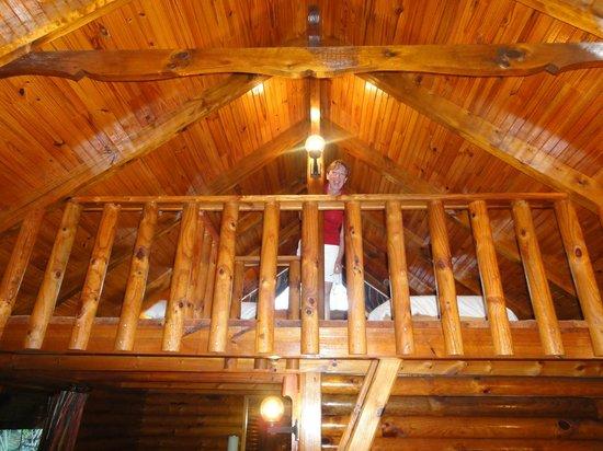 Tsitsikamma Lodge:                   Blockhütte 4 Innenansicht
