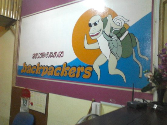 Sandakan Backpackers Hostel:                   receiption
