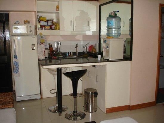 SDR Mactan Serviced Apartments : Mini kitchen ;)