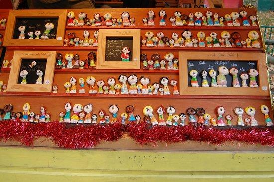 La Presqu'île : Mercato di Natale di Place Carnot: oggettistica