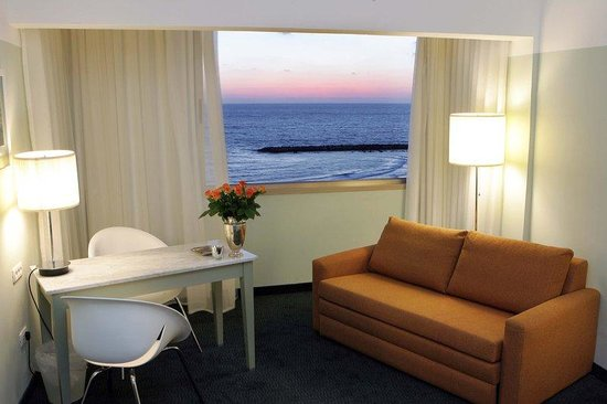‪بريما تل أبيب هوتل: Prima Tel Aviv Sea View Room‬
