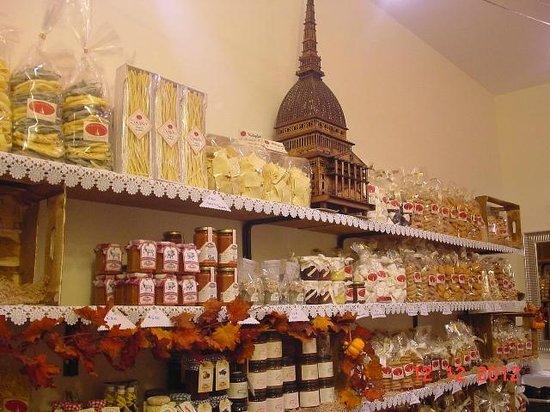 I Sapori del Piemonte: in alto a sinistra pasta al vero impasto di zenzero fresco.