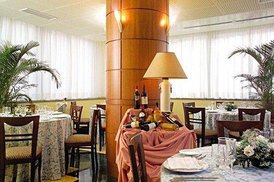 Appia Park Hotel: Restaurant