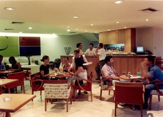 Rivoli Select Hotel: Bar/Lounge