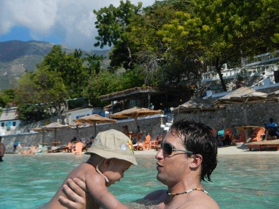 Wahoo Bay Beach Hotel Vue Du Dite A Partir De L Ocean