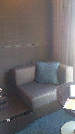 Mitsui Garden Hotel Ginza Premier: ソファ