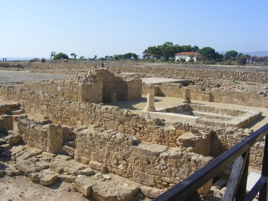 ‪‪Constantinou Bros Athena Beach Hotel‬:                   archaeological site