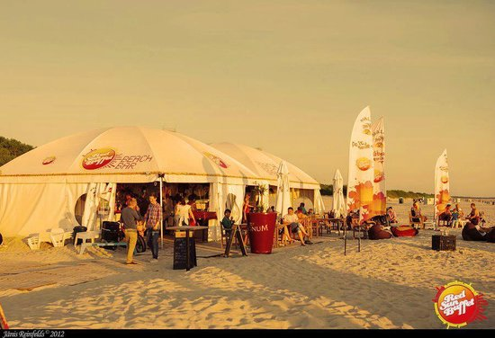 Red Sun Buffet Beach Bar