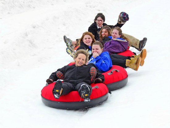 Canaan Valley Resort: Snow tubing at Canaan's new tube park