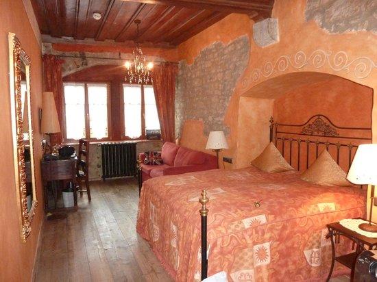 Hotel Gotisches Haus: номер