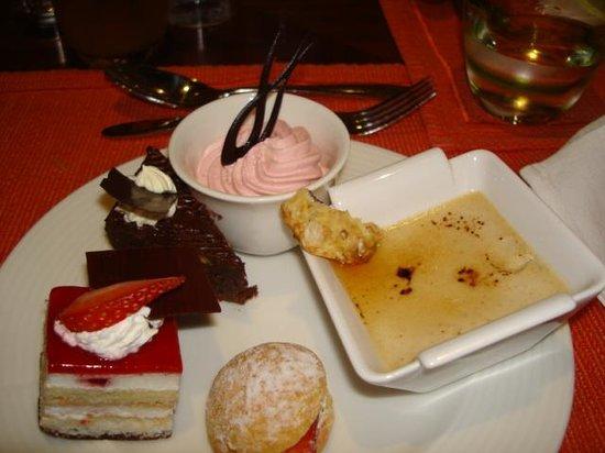 Ramada Jumeirah:                   GREAT DESERT!!!!!!!!!