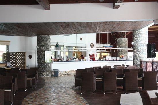 Le Manganao Hotel Club Paladien: une partie du bar