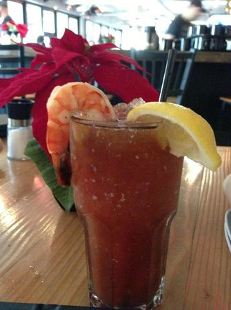 Chewies Steam and Oyster Bar - Kitsilano: Bacon infused Caesar