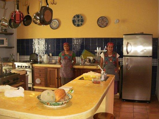 Casa de los Milagros B&B:                   Kitchen