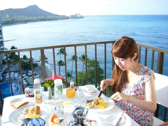 Halekulani Hotel: 朝食