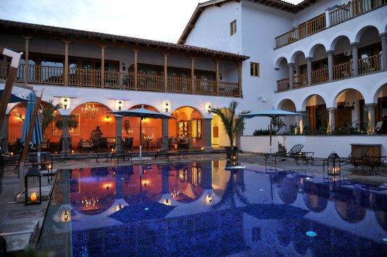 Belmond Palacio Nazarenas: Pool and Bar Area of Hotel
