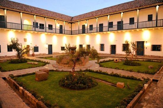 Belmond Palacio Nazarenas: Entry Corridor of Hotel