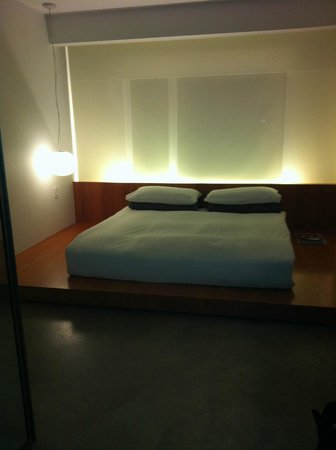 Hotel Americano:                   King room is clean and minimalist