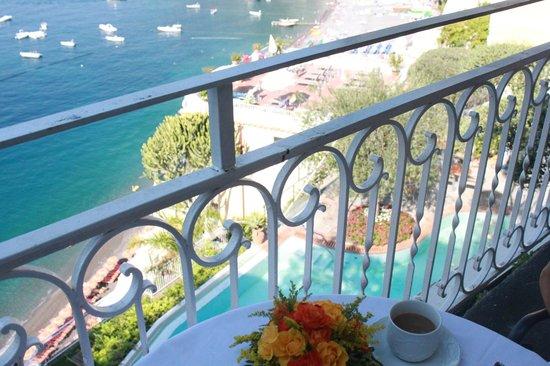 Hotel Marincanto:                   завтрак на террасе