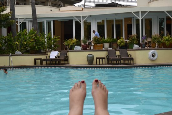 Fairmont Miramar Hotel & Bungalows: view from the pool