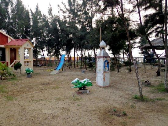 Resort Hirak Jayanti :                   Small kid park